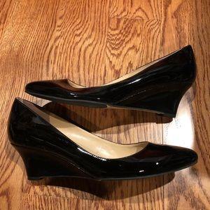 Cole Haan Womens wedges sz 8.5 black patent